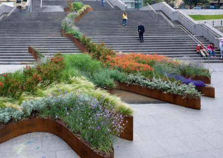 Garden climbs stairs